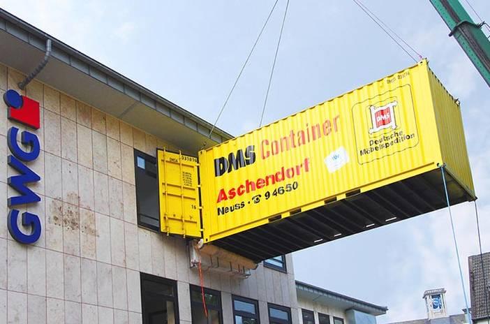 GWG NEUSS. Effizienter Kran-Containerumzug mit DMS Aschendorf